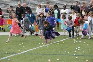 Calvary Fellowship - Easter egg hunt