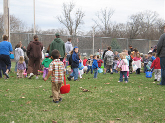 Spring Lake Lions Club & Spring Lake Heritage Festival sponsored Easter egg hunt